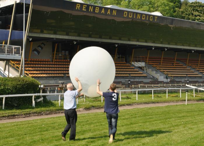 Ballomverstrooiing_asverstrooiing-met-heliumballon_Duindigt_wassenaar