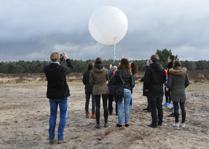 ballonverstrooiing-asverstrooiing-met-heliumballon-heide-roosendaal