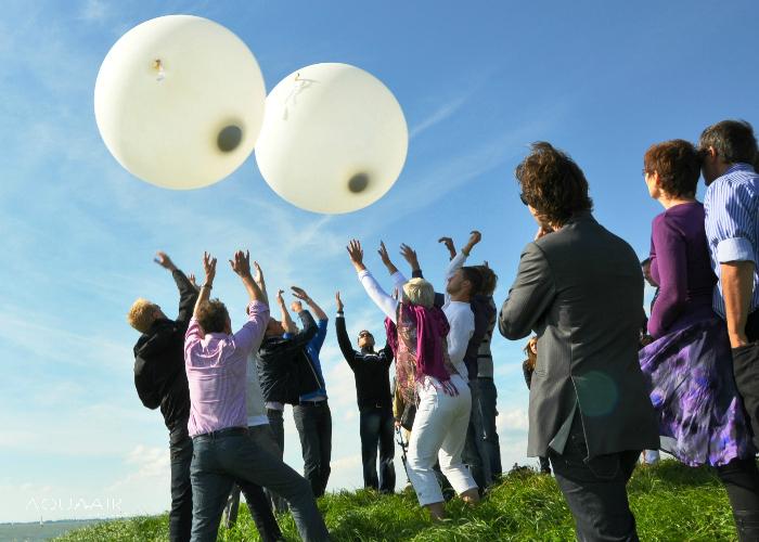 ballonverstrooiing asverstrooiing per heliumballon aan het ijsselmeer