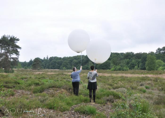 ballonverstrooiing-gieten-asverstrooiing-met-heliumballonnen