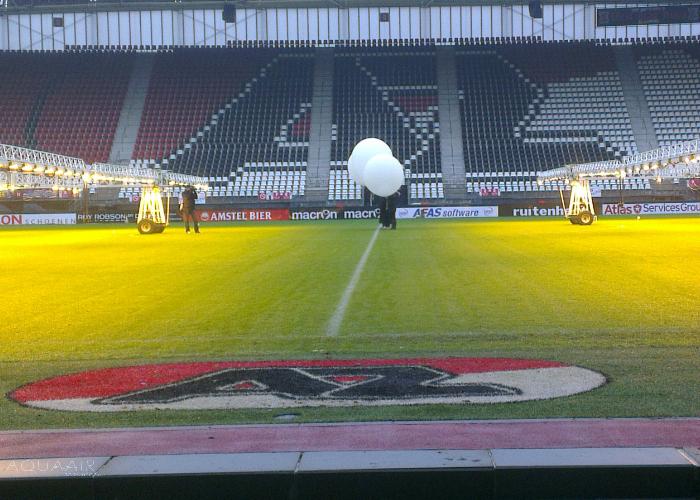 Ballonverstrooiing vanuit het AZ stadion te alkmaar