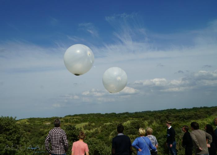 ballonverstrooiing-burg-haamstede-aqua-air-services-helium-ballon-versstrooiing