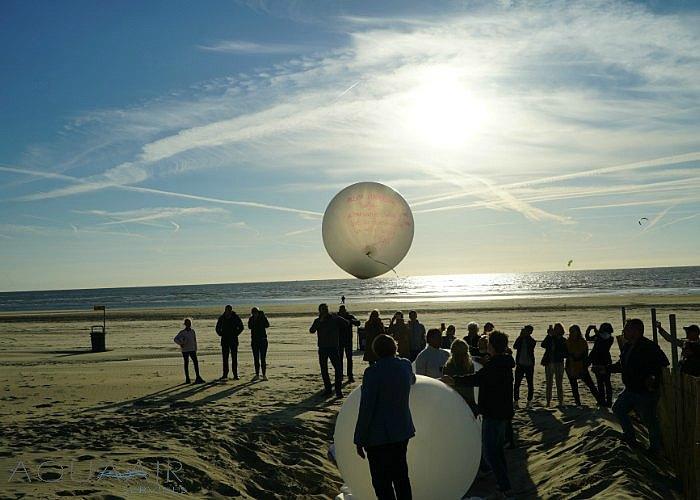 heliumballon-verstrooiing-zandvoort-aan-zee-tijn-akkersloot