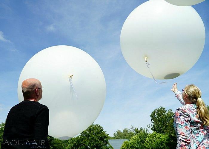ballonverstrooiing-scouting-zoetermeer-asverstrooiing -per-heliumballon.