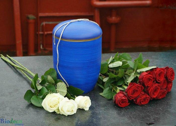 zee-urn-oceaanblauw-asbijzetting-scheveningen-aquaairservices